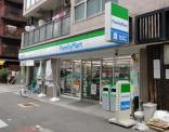 ファミリーマート京町堀三丁目店