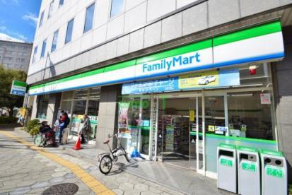 ファミリーマート谷九駅前店の画像1