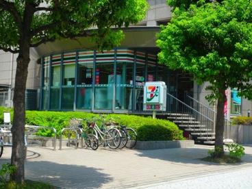 セブン−イレブン大阪常磐町1丁目店の画像1