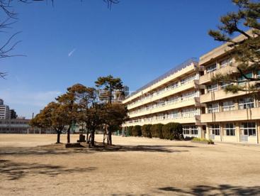 船橋市立湊町小学校の画像1