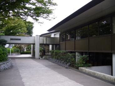 山形市立図書館中央分館の画像1