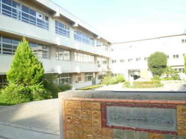 上本郷小学校の画像1