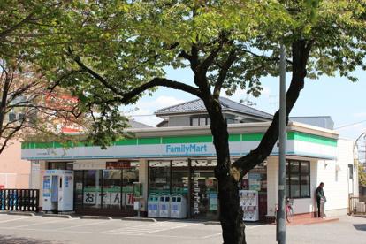 ファミリーマート たかはし桜通り店の画像1