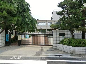練馬区立豊玉東小学校の画像1