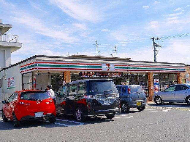 セブンイレブン 天理守目堂町店の画像