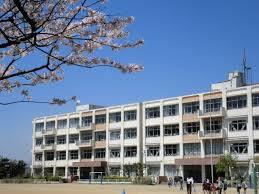 高嶺小学校の画像1