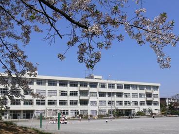 松が谷小学校の画像1