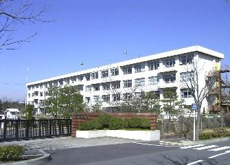 松が谷小学校の画像3