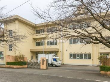 石川中学校の画像1
