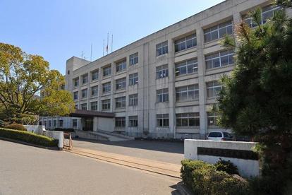 奈良県立高円高等学校の画像1