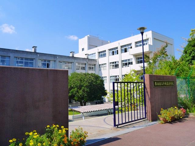 奈良県立平城高等学校の画像