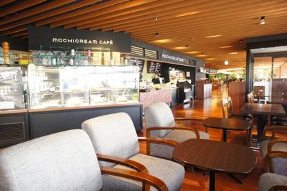 MOCHICREAM CAFE大阪空港店(モチクリームカフェ)の画像1