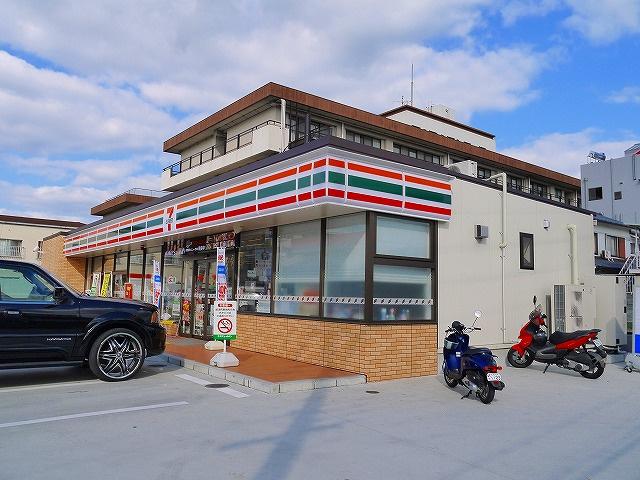 セブンイレブン 天理丹波市店の画像