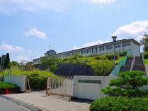 奈良県立登美ヶ丘高等学校
