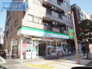 ファミリーマート船橋本町四丁目店の画像1