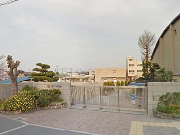 茨木市立春日小学校の画像1