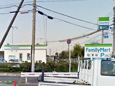 ファミリーマート大阪府中央卸売市場店の画像1
