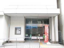 日新信用金庫 本店営業部