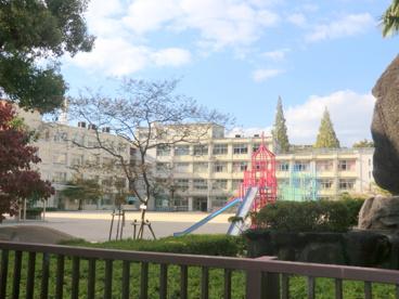 大阪市立西中島小学校の画像1