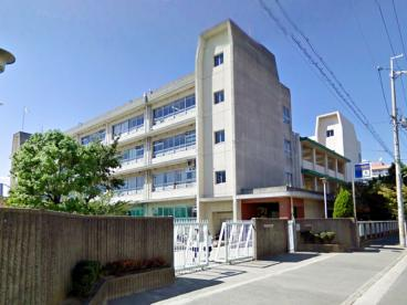 茨木市立平田中学校の画像1