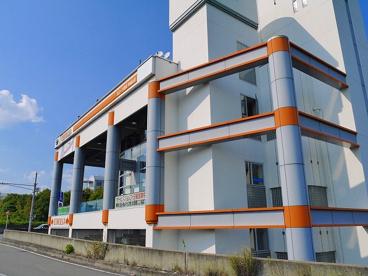 トヨタカローラ 平城山店の画像1