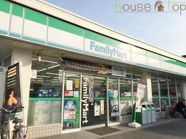 ファミリーマート西宮久保町店の画像1