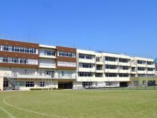 北区立明桜中学校の画像1