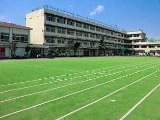 北区立 滝野川第三小学校の画像1