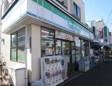 ファミリーマート滝野川5丁目店の画像1