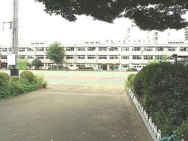北区立 滝野川第二小学校の画像1