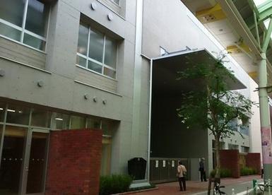 赤羽岩淵中学校の画像1
