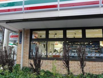 セブンイレブン・北区神谷3丁目店の画像1