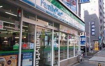 ファミリーマート 赤羽駅南店の画像1
