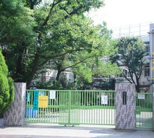 北区立 赤羽台西小学校の画像1