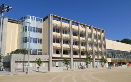 桐ケ丘中学校の画像1