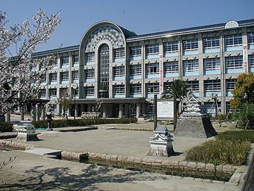 尼崎市立 明城小学校の画像1