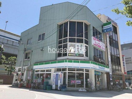 ファミリーマート阪神なるお駅前店の画像