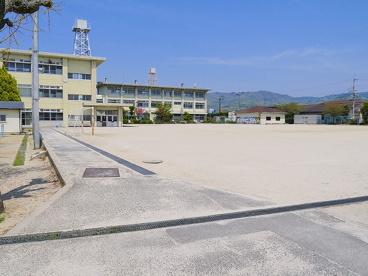 奈良市立帯解小学校の画像1