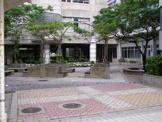 安岡中学校