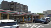 セブンイレブン 八王子松木店