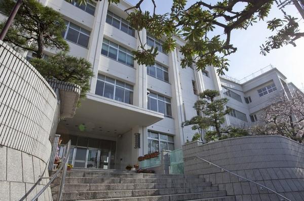 大阪市立 真田山小学校の画像