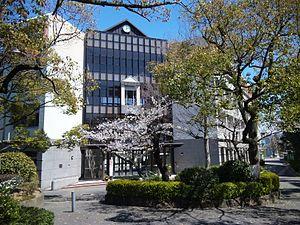 高津高校の画像