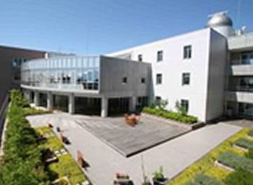 明星高等学校の画像