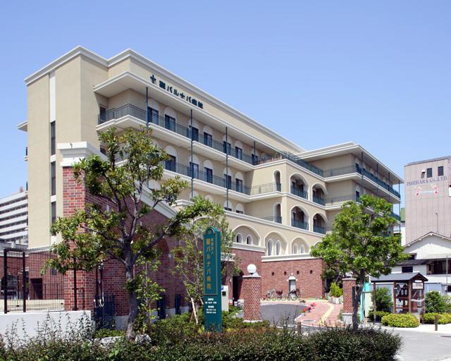 聖バルナバ病院の画像