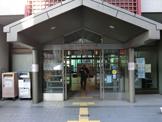 文京区立根津図書館