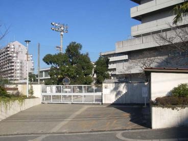 吹田市立山田東中学校の画像1