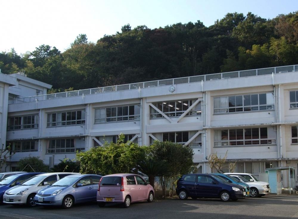 横須賀市立 浦郷小学校の画像
