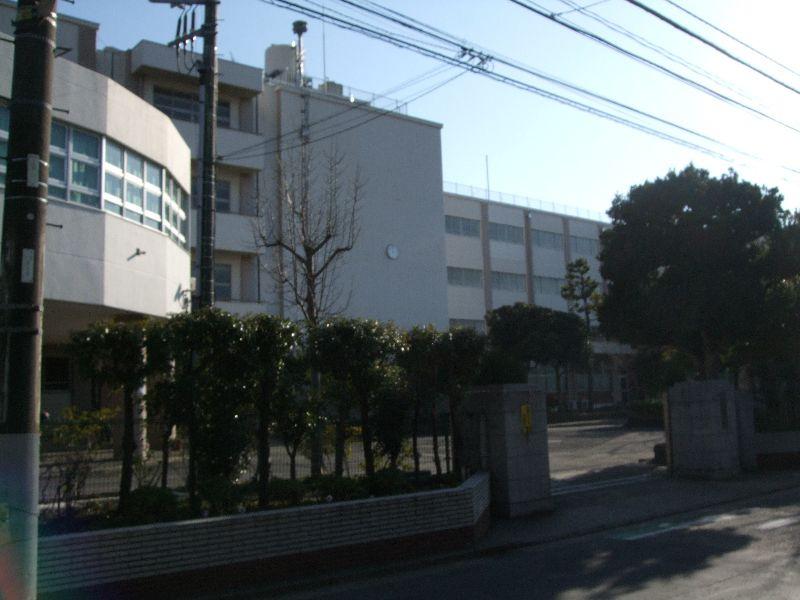 横浜市立六浦中学校の画像