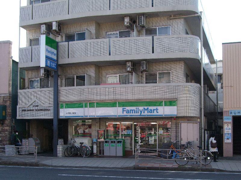 ファミリーマート・金沢瀬ケ崎店の画像