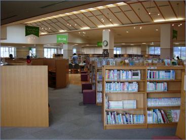 八尾図書館の画像2